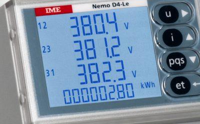 kWh meter met stroomsensoren