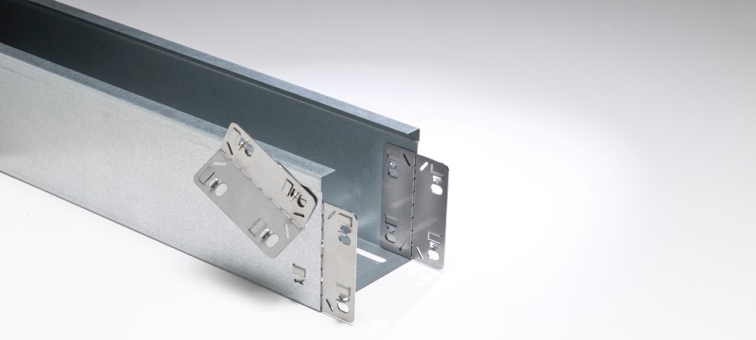 Quick connector om kabelkanalen snel te kunnen bevestigen.